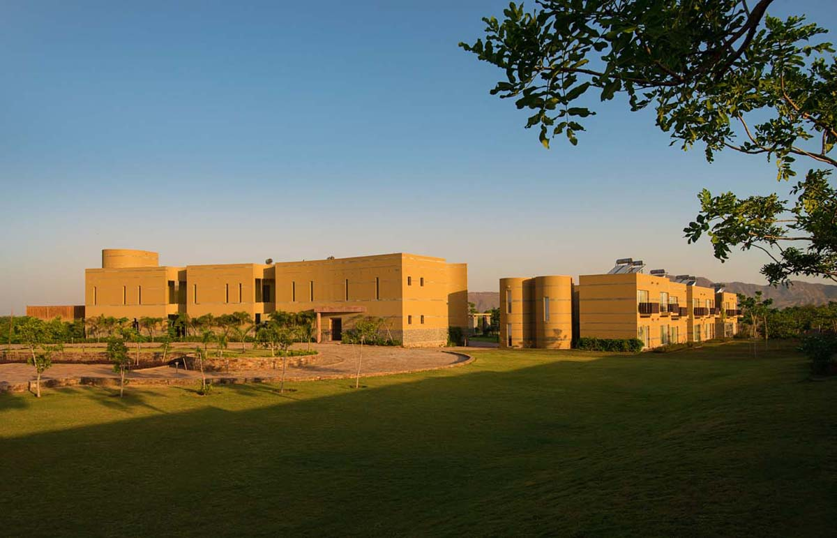 A luxurious design hotel resort - the best luxury hotel resort in Pushkar, Ajmer, Rajasthan